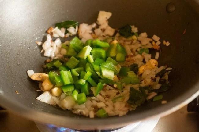 capsicum for seviyan upma recipe
