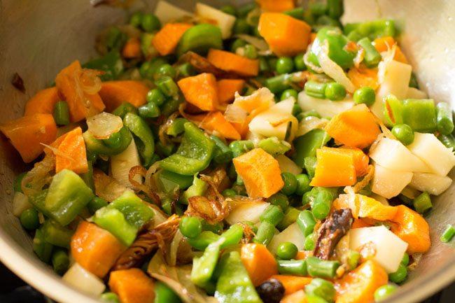 veggies to make lucknowi biryani