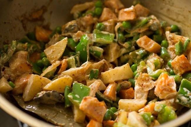 curd for preparing awadhi biryani recipe