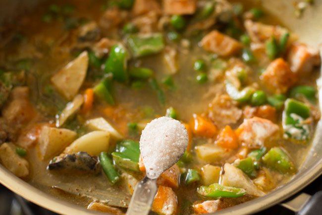 preparing awadhi biryani recipe