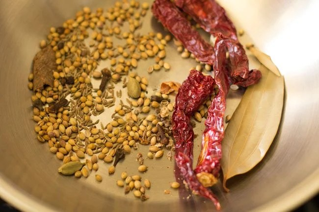 spices for paneer Kolhapuri recipe