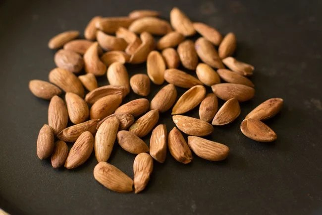 almonds for pesto pasta recipe:
