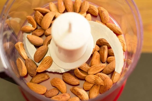 lightly roasted almonds added in food chopper