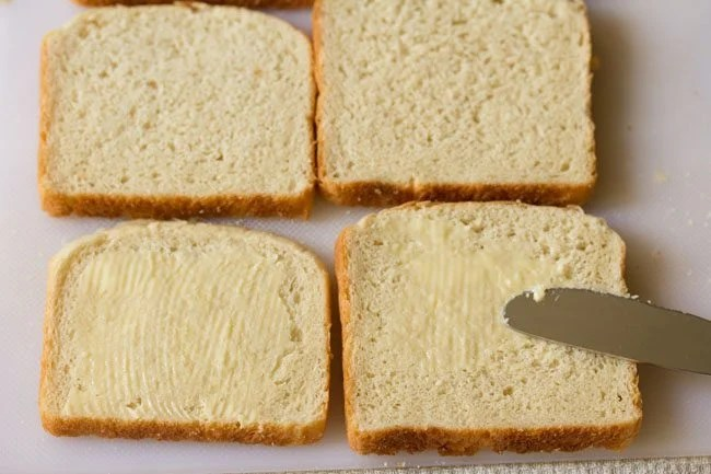 bread for preparing veg coleslaw sandwich recipe