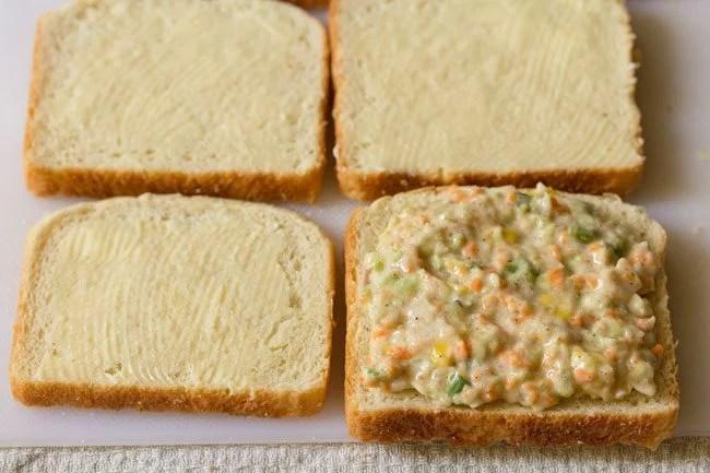 making coleslaw sandwich recipe