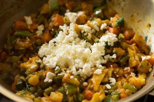 veggie stuffing for making veg kathi rolls recipe
