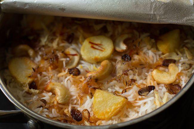 Hyderabadi style dum aloo biryani recipe