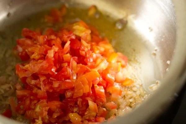 tomatoes for making chana samosa chaat recipe