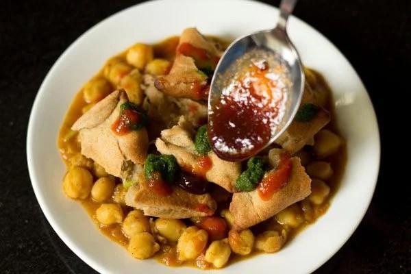 chole samosa chaat recipe