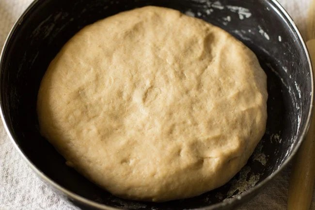 dough for making cheese garlic naan recipe