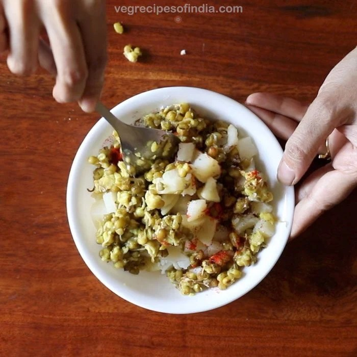 spices for making mumbai pani puri recipe