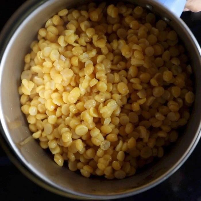 making poornam boorelu recipe