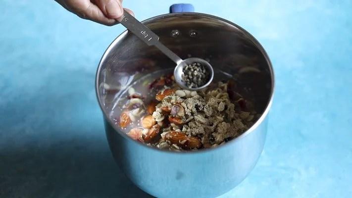 preparing thandai recipe