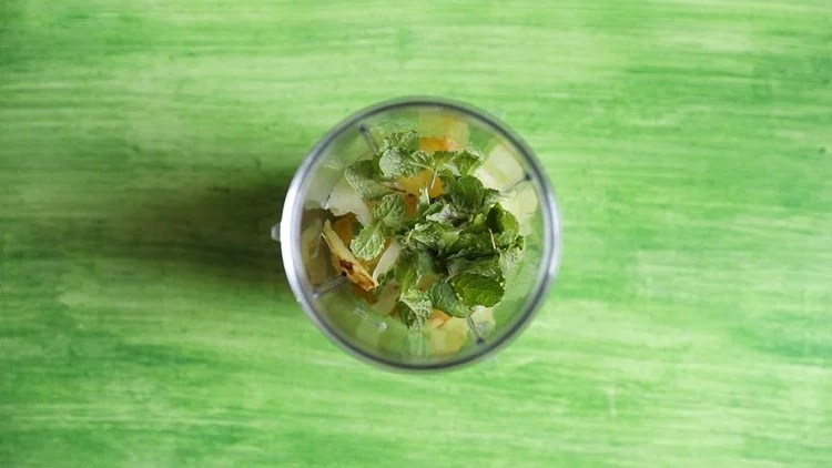 making aam panna recipe