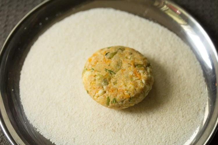 making paneer cutlet recipe