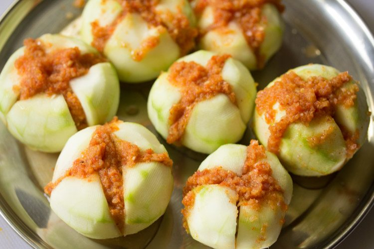 making bharwan tinda recipe