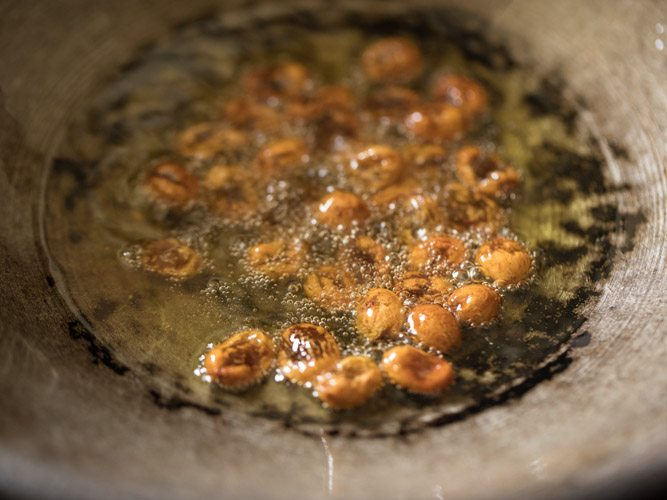 frying raisins in ghee