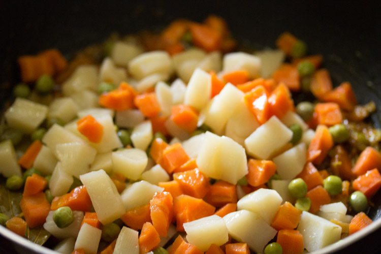 add the steamed veggies