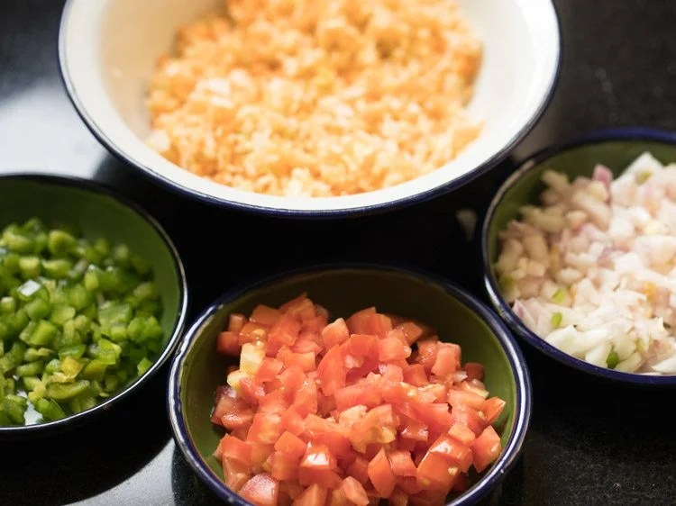 veggies to make Mumbai jini dosa recipe