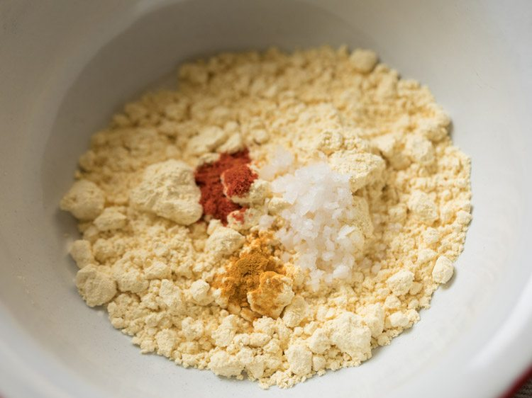 besan to make besan chutney recipe