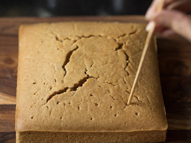 making eggless honey cake recipe