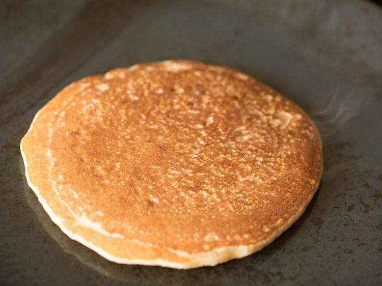 making eggless whole wheat pancakes