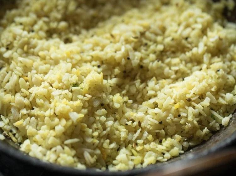 making Indori poha recipe