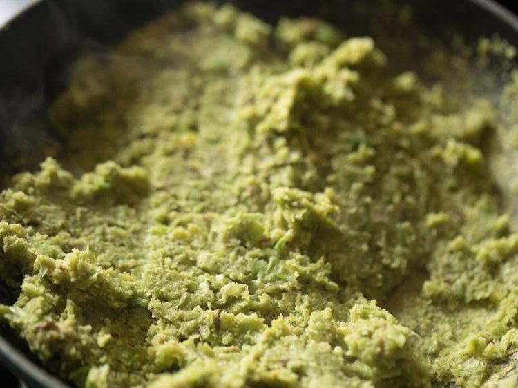 making Gujaratililva kachori recipe