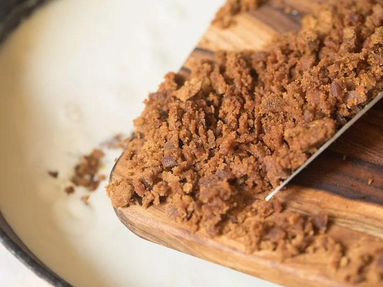jaggery for making Bengali mishti doi recipe