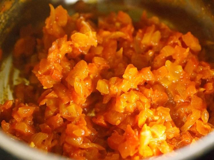 making macaroni recipe