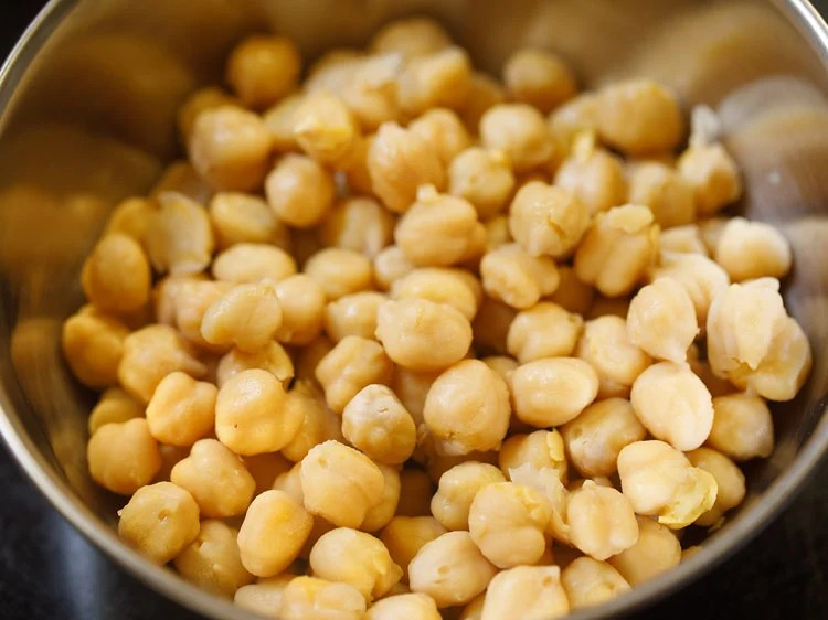 cooked chana in a bowl