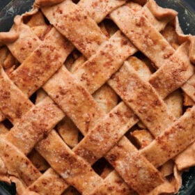 baked homemade apple pie in a pie pan