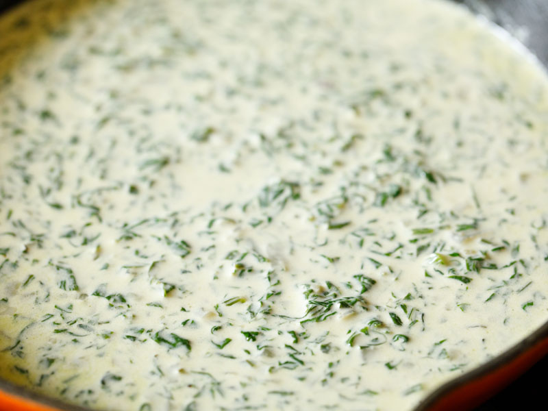 spinach and cream mixture prior to cooking