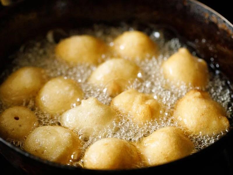crispy fried vada