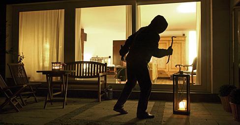 furti-casa-ladro-appartamento-488x255