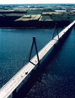 Farøbroerne på Sydmotorvejen forbinder Sjælland og Falster. Foto: Finn Christoffersen.