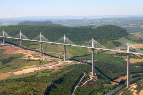 Viaduc de Millau (2004)