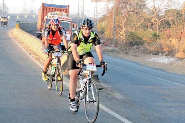 06cyclists