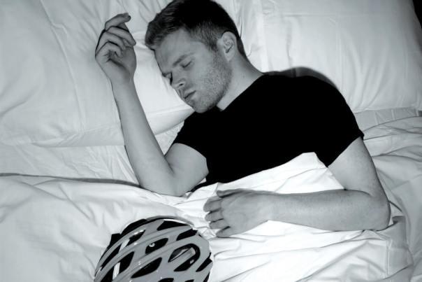 Cyclist-sleeping (1)