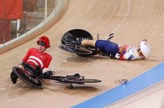 Olympic drama as Denmark collides with Great Britain rider in Team Pursuit