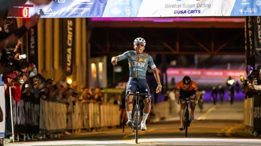 Racing without teammates, Ama Nsek wins USA CRITS finale for L39ion