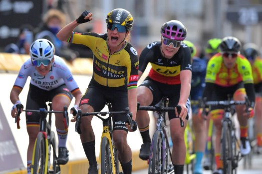 UCI promises equal minimum wages for men and women pros 'as quickly as possible'