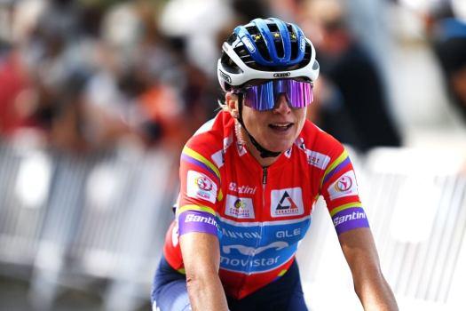 Annemiek van Vleuten contemplating Paris-Roubaix start