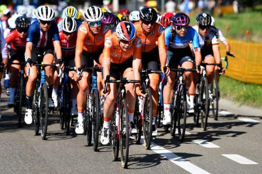 Farewell Anna van der Breggen: Dutch superstar closes curtain on career with worlds ride