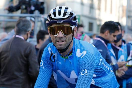 VN news ticker: Valverde promises 2022 will be his last, EF signs Shaw, Hoffman joins BikeExchange