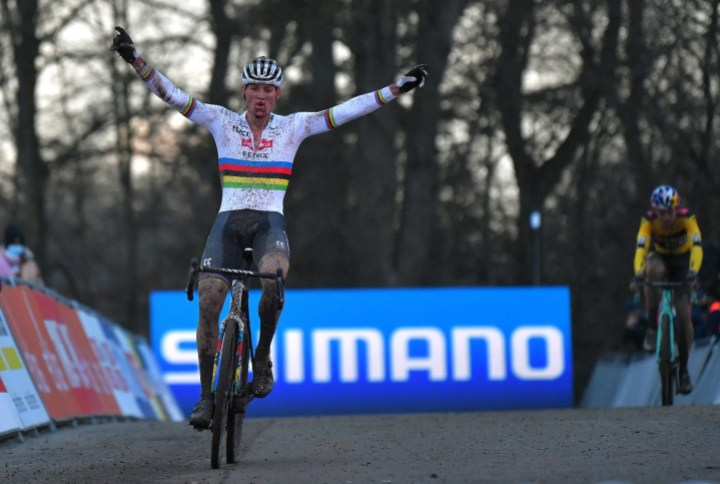https www velonews com news cyclocross what we learned from the opening clash between mathieu van der poel wout van aert tom pidcock