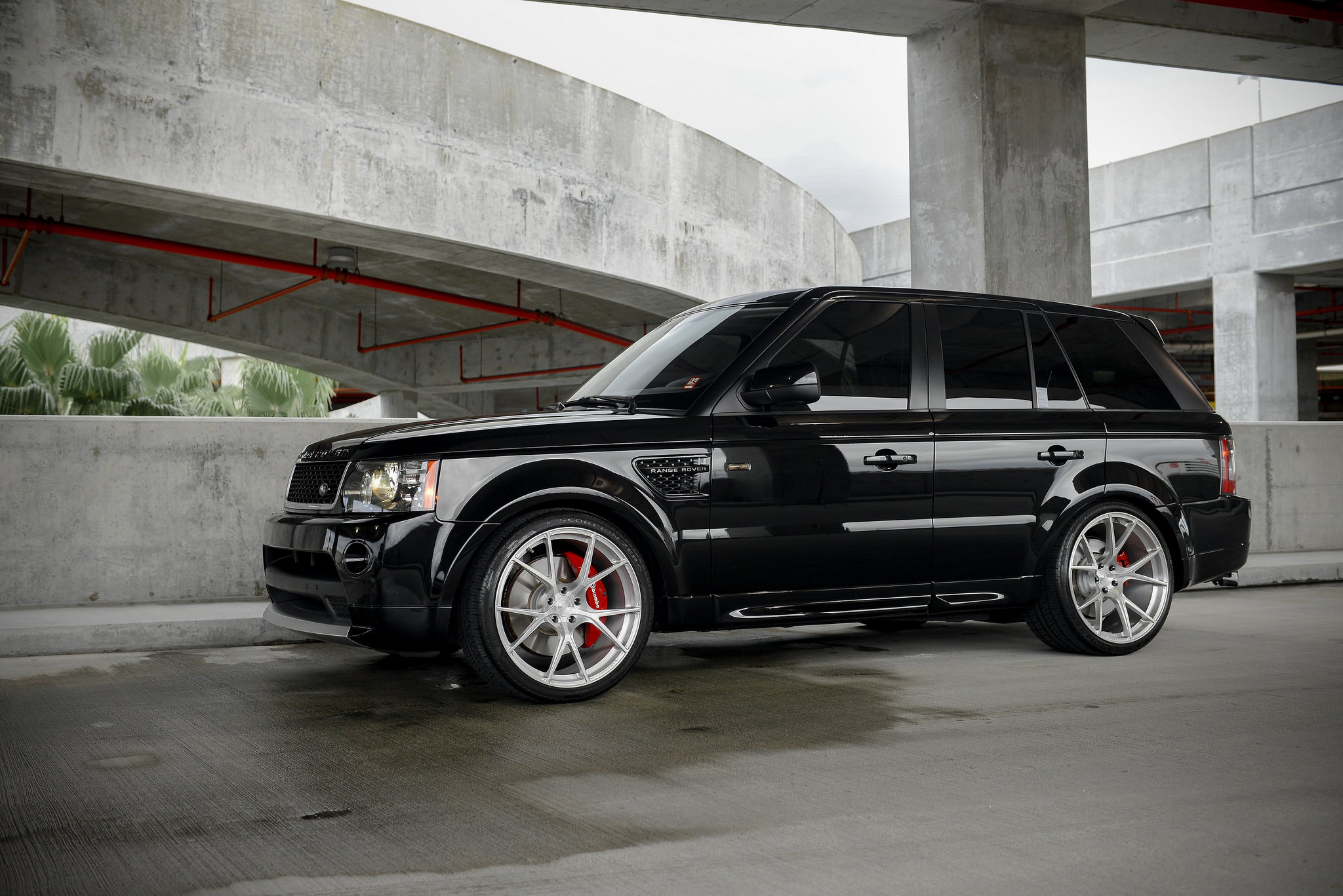 "2011 Range Rover Sport Supercharged on 22"" Velos S3 Forged Wheels"