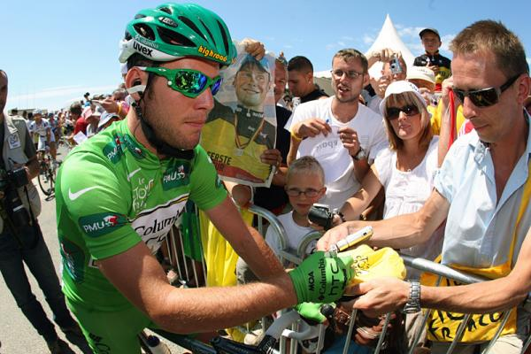 Cav keeps his green jersey today, after taking the points for third on the stage.