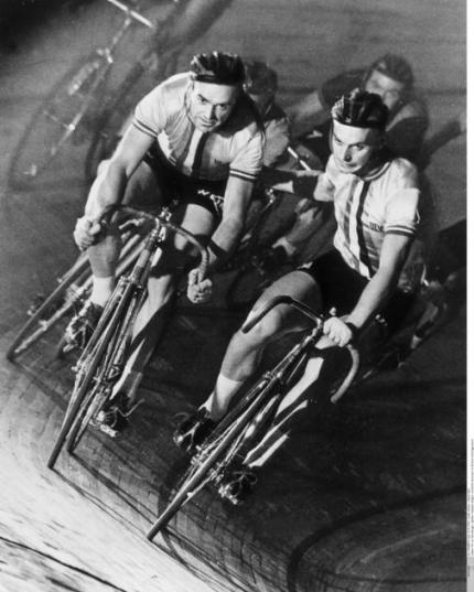Rik van Steenbergen with partner Emile Severeyns at the Berlin Six in 1958.