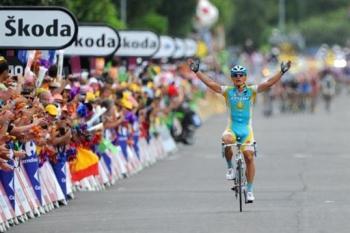 Vino takes a comeback win at the Tour.